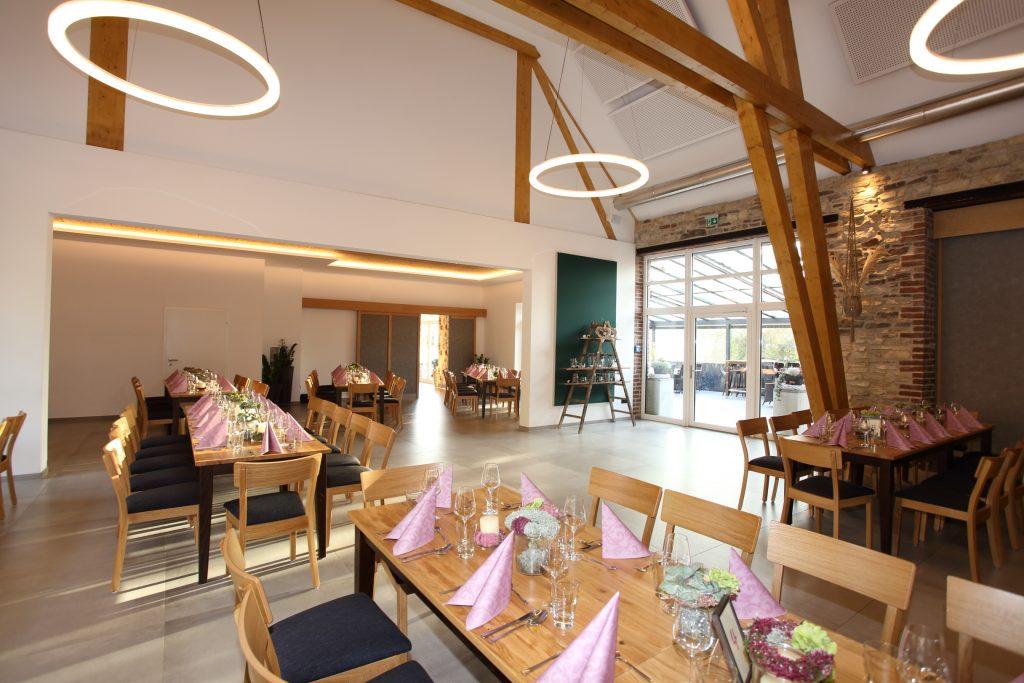 Bestuhlung und Gastronomieeinrichtung von Ohntrup Gastronomieeinrichtung